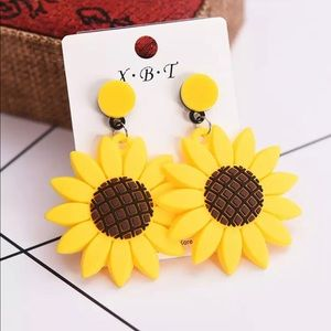 Sunflower Dangle Earrings